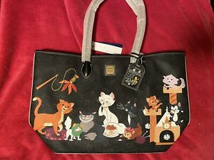 2020 Disney Parks Dooney & Bourke Reigning Cats & Dogs Cat Pattern Tote Bag