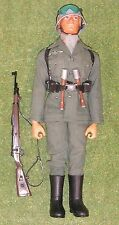 Original Vintage Action Man Suelto alemán Stormtrooper Eagle Eye Flocado cabeza 142