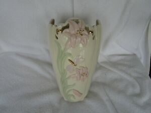 """GORGEOUS~Lenox 9"""" Vase With [ BUTTERFLY&FLORAL DECOR ]~QUALITY ITEM~+ GOLD TRIM"""