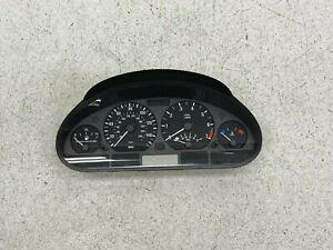 01-05 BMW E46 325i SEDAN SPEEDOMETER INSTRUMENT GAUGE CLUSTER 235,143 LOT500 OEM