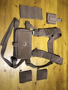 Airsoft Tactical Chest Rig Coyote Brown With Mag Sleeves