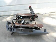 97 98 99 00 02 03 Ford F150 Expedition Seat Base Frame Driver LH