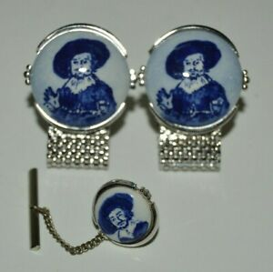 Vintage MINTY Ceramic Style Blue & White MUSKETEER Cuff Links & Tie Tack Set