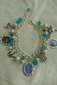 ELSA AND ANNA CHARMS BRACELET - CHILDS SIZE