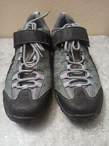 Specialized women's bicycling shoes Tahoe