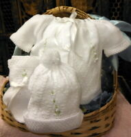 NWT Will'beth White Knit 4pc Diaper Set Newborn Baby Girls Boys Hat Booties 0