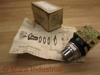 Joslyn Clark 100T-SK2R1C-11X Selector Switch