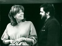 Diana Rigg and Kevin McNally - Vintage photograph 2718548