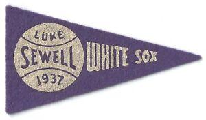 Luke Sewell 1937 BF3 Mini Pennant Red Ball Gum Baseball Chicago White Sox 1930s