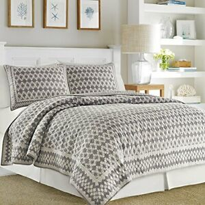Nautica Selwood Quilted Standard Pillow Sham in Taupe