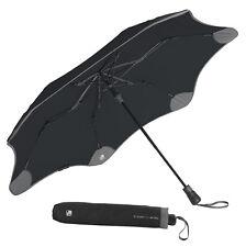 La primera trazable paraguas Romo XS Metro + Azulejo-Negro con carbón vegetal