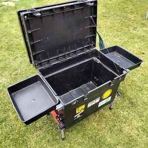 Shakespeare Classic Fishing Tackle Seat Box adjustable legs carry strap