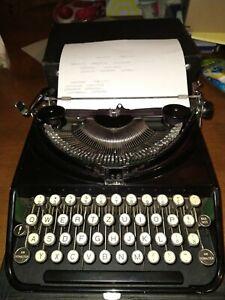 Vintage 1932 Olivetti Ico Mp1 Black Glossy typewriter manual portable with Box