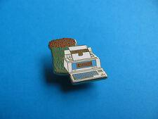 Canon Pin badge. STARWRITER 80. Enamel. VGC. AB