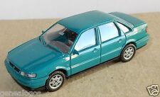MICRO WIKING HO 1/87 VW VOLKSWAGEN PASSAT BERLINE TURQUOISE no BOX