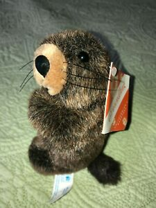 EUC SMITHSONIANS Backyard PLUSH Groundhog TOY 6 in with tags