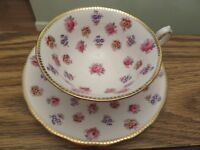 ROYAL CHELSEA BONE CHINA TEA CUP & SAUCER ROSES & PANSIES GILT 382A S MINT