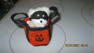 Boyds Bears Mini Bear Halloween Plush 4 Inches Mask & Trick Or Treat Bag