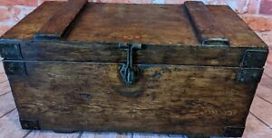 PINE CHEST, WOODEN BLANKET TRUNK, VINTAGE STORAGE BOX