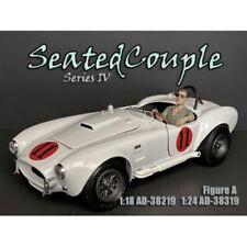American Diorama 38219 Seated Couple IV Fahrer - 1:18 Figur 1/1000