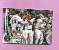 2020 Topps 582 Montgomery Club Foil Stamp #27 Milwaukee Brewers Team Card