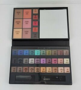 Avon True Color For The Love Of Makeup Artist Palette New In Box
