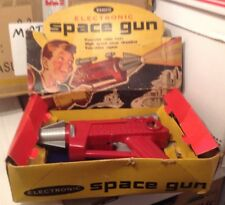 REMCO SPACE GUN IOB 1950s Battery Operated Toy Vintage Ray Pistol TESTED! WORKS!