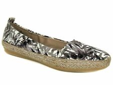 Easy Spirit Women's Geneen Flats Brown Multi Fabric e360 Collection Size 8 M
