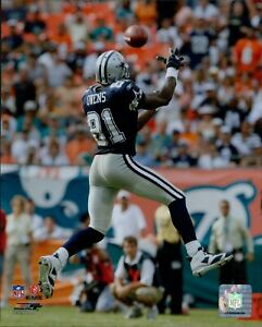 Terrell Owens Dallas Cowboys NFL Licensed Unsigned Glossy 8x10 Photo E