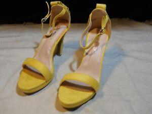 "Via Pinky® Collection Ladies Dress Shoe Size 7½ M ~ 4 ¼"" High Heel ~ Yellow"