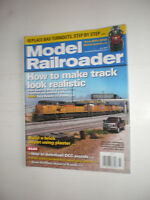 Model Railroader July 2013 How To Make Track Look Realistic Downlaod DCC Sounds