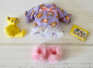 KELLY DOLL CLOTHES * PAJAMA FUN, PINK FLUFFY SLIPPERS, TEDDY BEAR ACCESSORIES