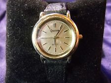 Woman's Quantum Watch  with Genuine Leather Band**Nice** B16-403