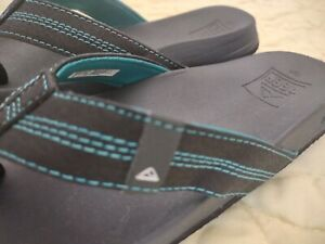 Little Boys Reef Flip Flops Black with Turquoise Stitching Brand New! Adorable!