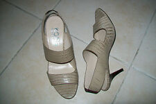 Kors Michael Kors-nude heeled leather sandals.EU 38/38,5.Box.Worn twice.RRP170£