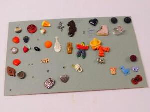 LOT of 34 Antique Vintage BUTTONS Mother of Pearl Cello Scotty Dog Seahorse
