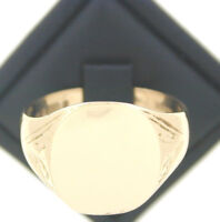 1972 9ct Yellow Gold Gents Signet Ring size S 1/2