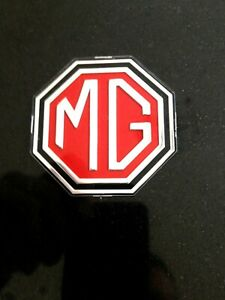 AHA9318 - GENUINE CONCOURS CONDITION MG FRONT GRILLE BADGE MGB & MIDGET 70-72