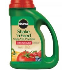 Miracle-Gro Shake 'N Feed Tomato Fruits Vegetables Plant Food Fertilizer 4.5 lb