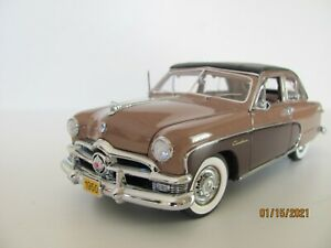 Danbury 1950 Ford Crestliner 1/24 scale