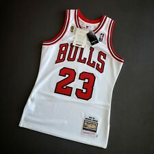 100% Authentic Michael Jordan Mitchell Ness 95 96 Finals Bulls Jersey Size 36 S