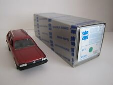 VOLKSWAGEN PASSAT BREAK 1/43 EME