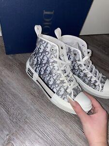 DIOR High Top Sneaker