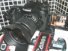 Canon Eos 60D 18.0 MP Digital SLR Kit de cámara de tres lentes con EF-S IS II 18-55mm..