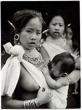 Photo Otto Kadlecsovics - Femme et enfant Tippera - Tirage argentique 1960 -
