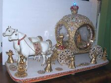 RARE ~ HORSE DRAWN CARRIAGE  with HOLY FAMILY ~ CINDERELLA LIKE ~ PICKUP ONLY
