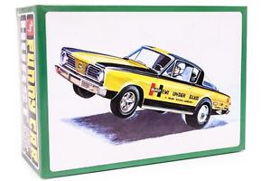 "R2AMT1153 AMT 1966 Plymouth Barracuda ""Hemi Under Glass"" 1:25 Scale Model Kit"