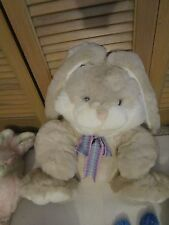Beautiful Easter Bunny Rabbit - Tai Kwang / Thailand - Polyester plush