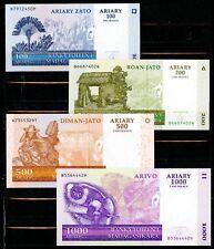 Madagascar Set of 4 CRISP Uncirculated 2004 Banknotes 100 200 500 & 1000 Ariary