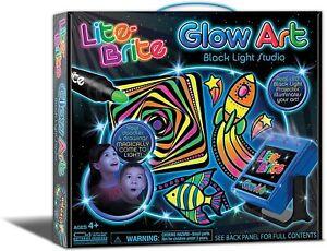 LN Lite Brite Glow Art Black Light Studio Projector Stickers Markers Stencils